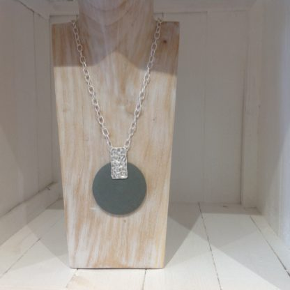 disc drop necklace