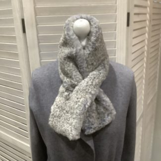 Grey spot faux fur tippet