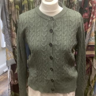 Cable knit cardigan - green